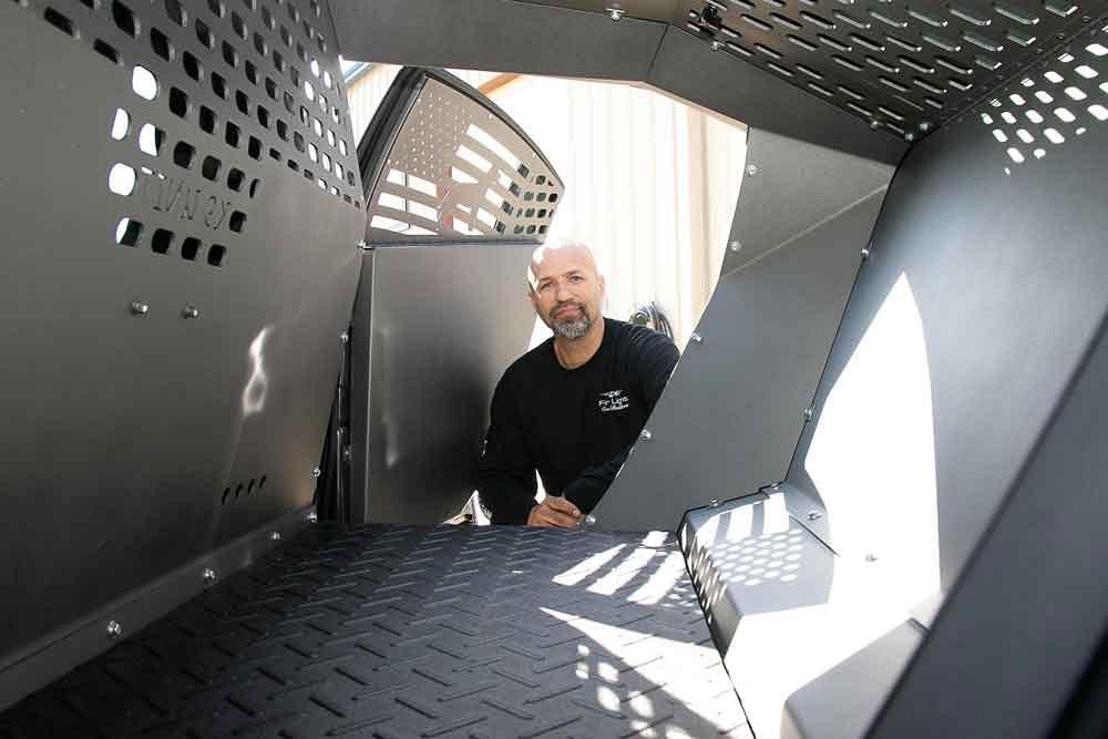 Metal fabricator in a K9 kennel