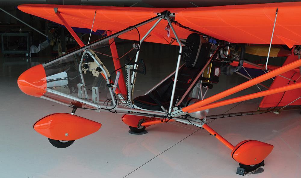 Fabricators flying ultralights