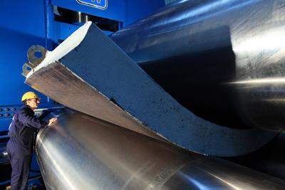 Plate Rolls Keep Rolling Heavier Plate