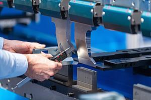 Press brake tool design