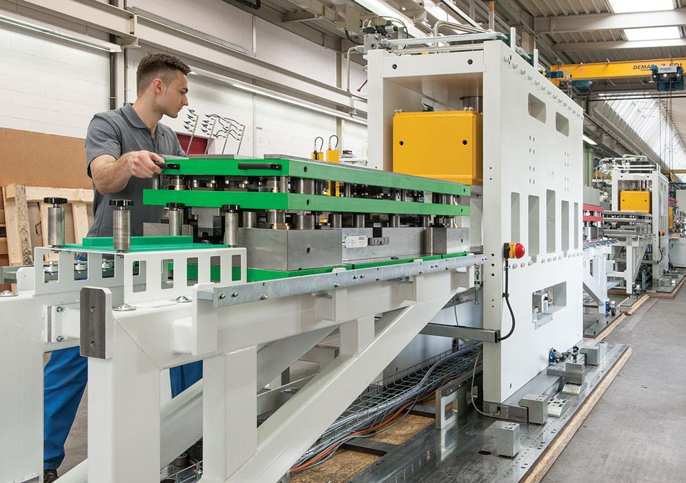 Roll Forming Continues To Cut Weight Cost For Automotive
