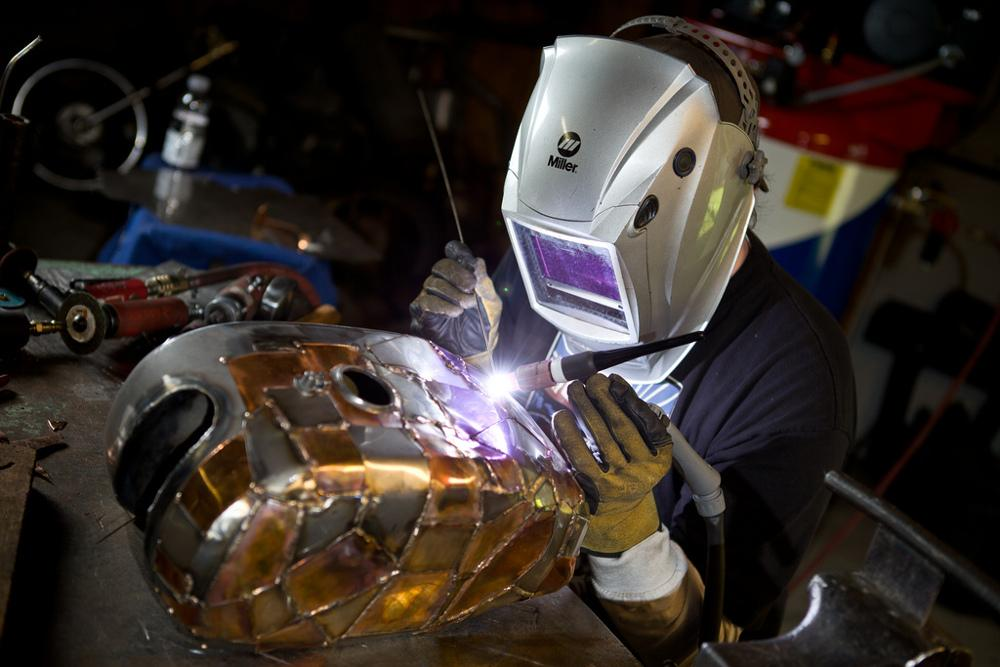Training Your Off Hand For Tig Welding