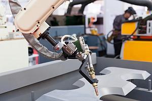 Robotic welder operator